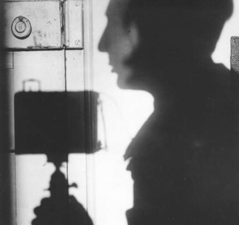 andre-kertesz-shadow-self-portrait-1927