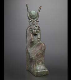 705x352-web-10._statuette_de_deesse_c_fondation_gandur_pour_lart_geneve._photographe_andre_longchamp